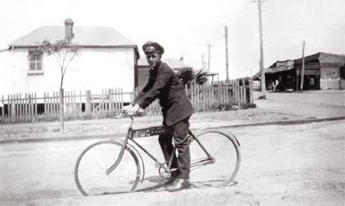 Messenger Boy, Fitzgerald St 1928